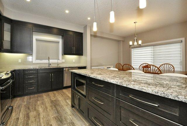 14-Kitchen View 4