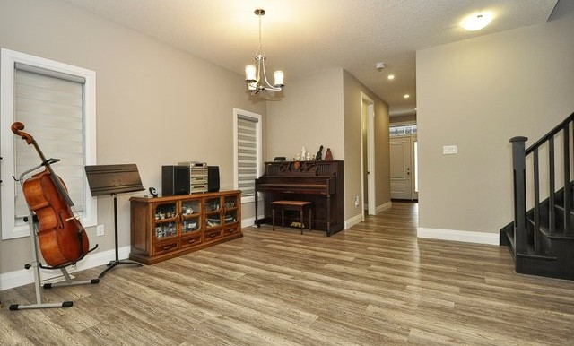 17-Music Room