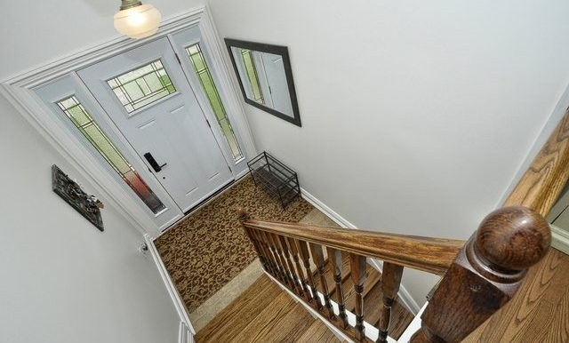 10-Foyer