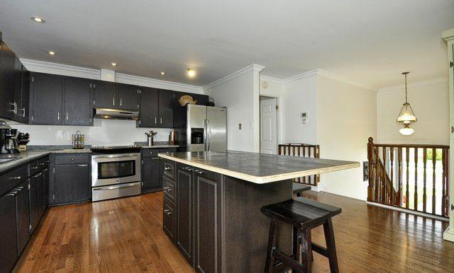 22-Kitchen View 4
