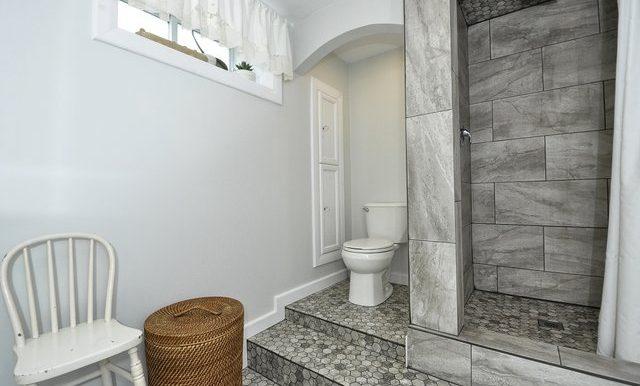 38-Lower Bathroom View