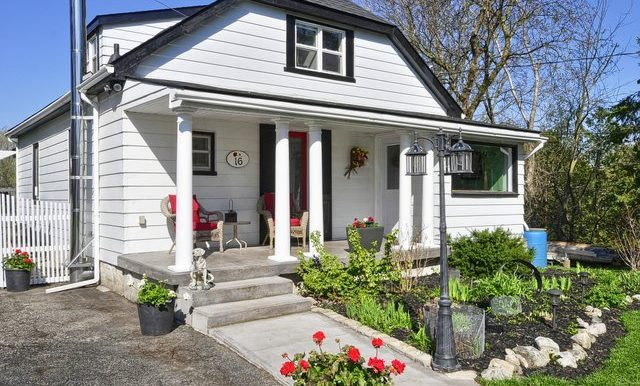 4-Front Porch