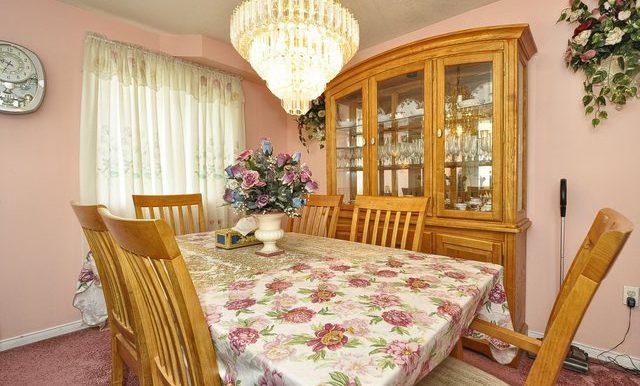 8-Dining Area