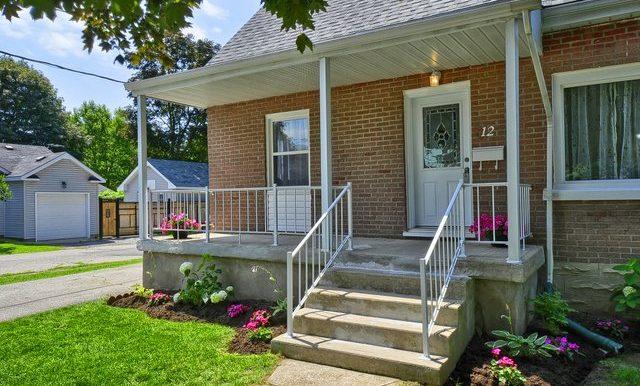 3-Front Porch
