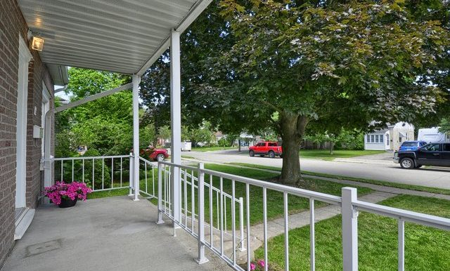 4-Front Porch View