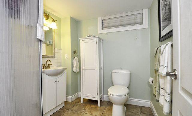 46-Lower Bathroom