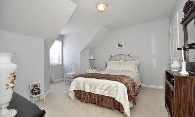 34-Bedroom 3