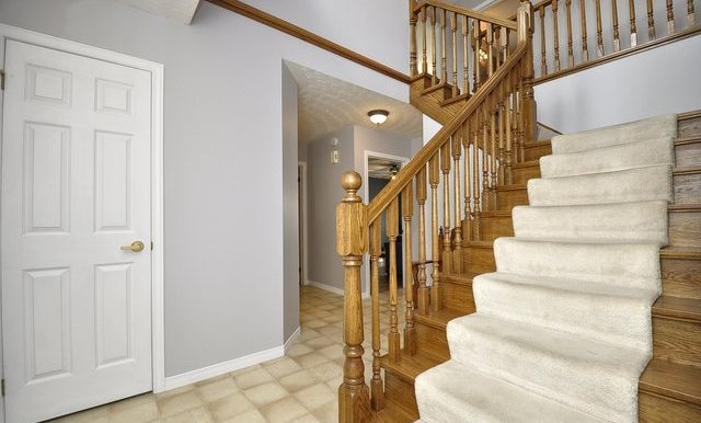 4-Foyer View