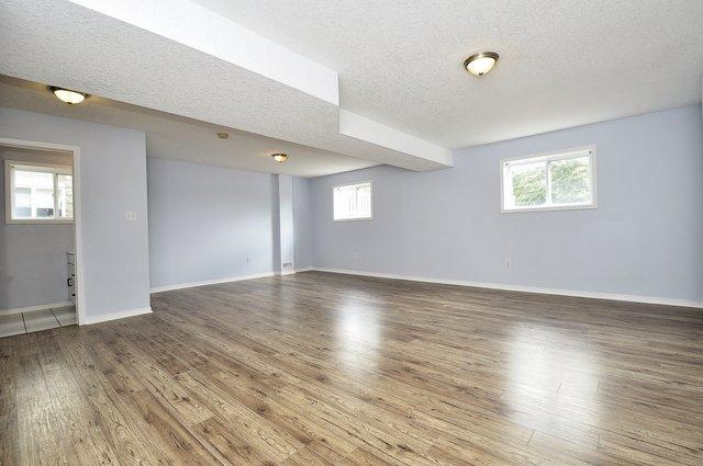 16-Family Room