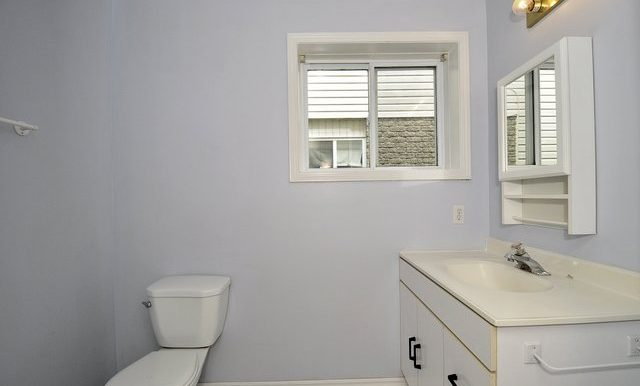 20-Lower Bathroom