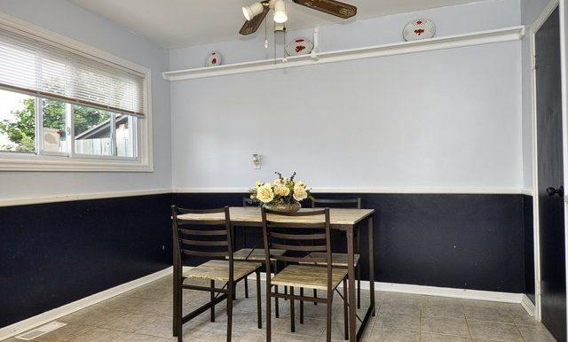 12-Dining Area