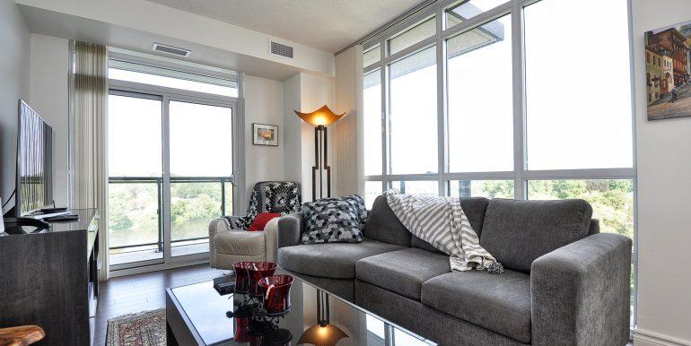 14-Living Area