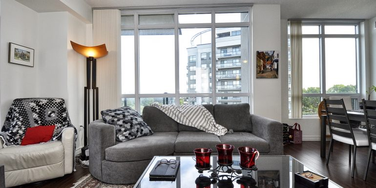 19-Living Area View 2