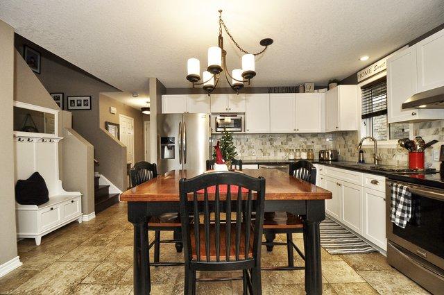 10-Kitchen View 4