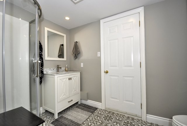 26-Lower Bathroom