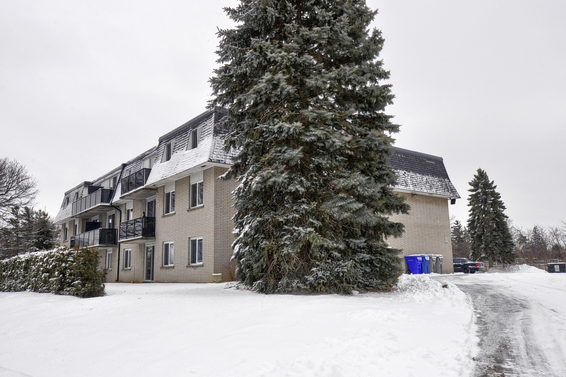 260 Southwood Drive SOLD SOLD