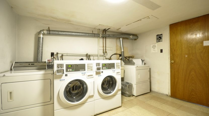 Laundry Room-H768