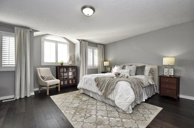 19-Master Bedroom