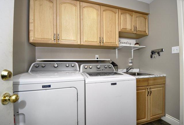 21-Main Floor Laundry