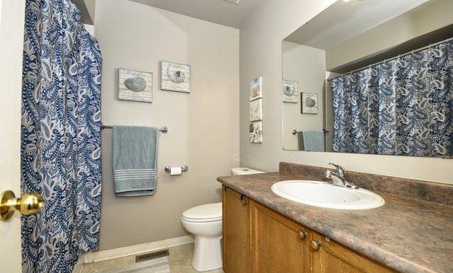 27-Upper Bathroom