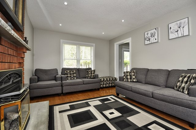 18-Family-Room-View