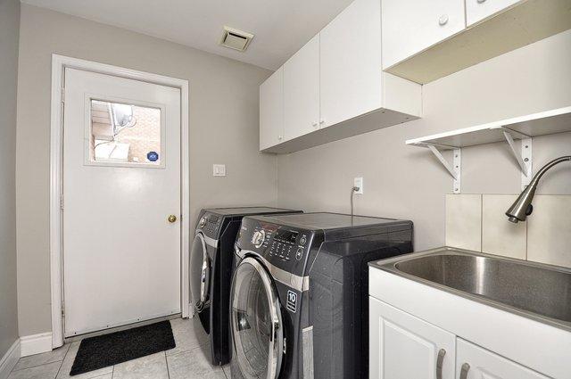 22-Main-Floor-Laundry
