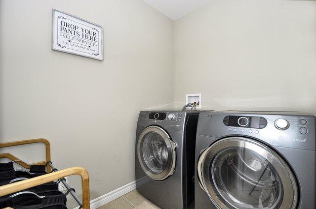 25-Upper-Laundry