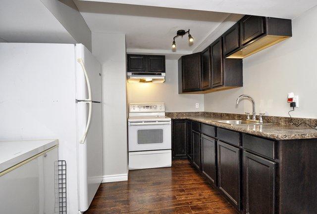 34-Lower-Kitchen