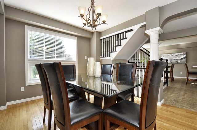10-Dining-Area-View