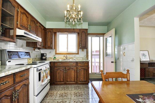 13-Kitchen-View-003