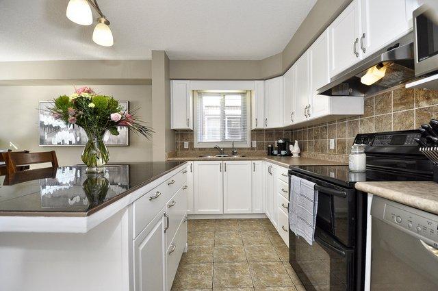 13-Kitchen-View-2