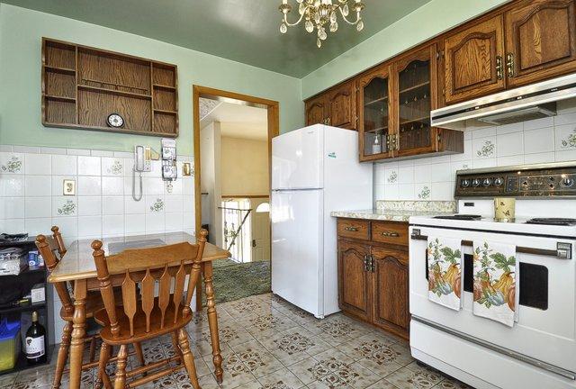 14-Kitchen-View-004