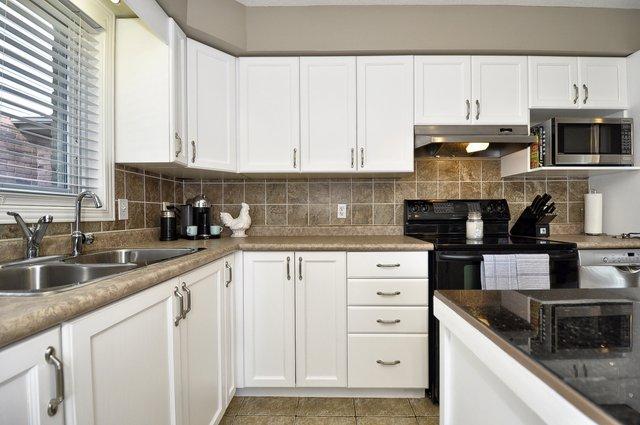 14-Kitchen-View-3