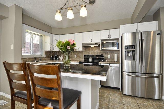 15-Kitchen-View-4