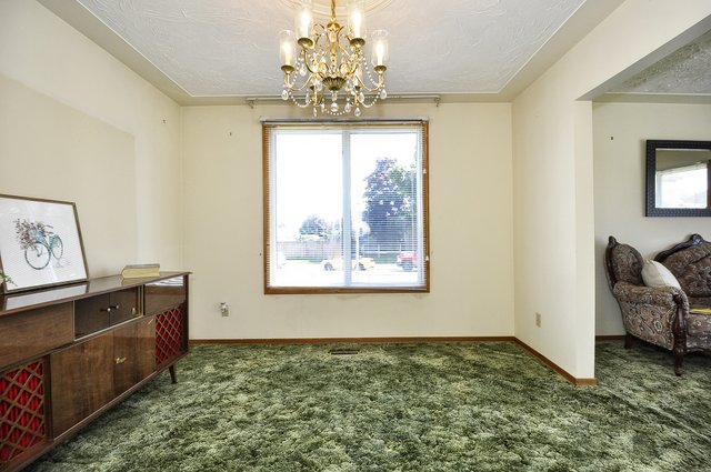 17-Dining-Room-View