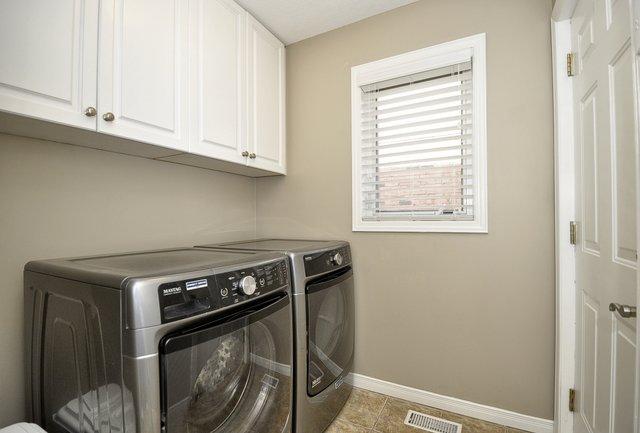 19-Main-Floor-Laundry