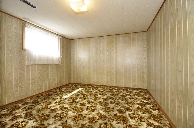 22-Lower-Bedroom
