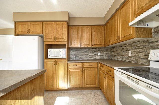 15-Kitchen-View-2