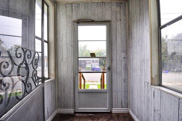 15-Front-Porch
